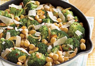 chickpeas-broccoli-1875858-l
