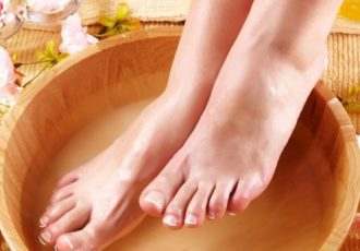 8-Effective-Foot-Care-Tips-for-Healthy-Feet06