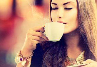800-woman-drinking-tea