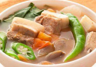 Pork-Sinigang-Sinigang-Na-Baboy-640x383