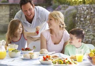 how-to-get-your-family-to-eat-healthier