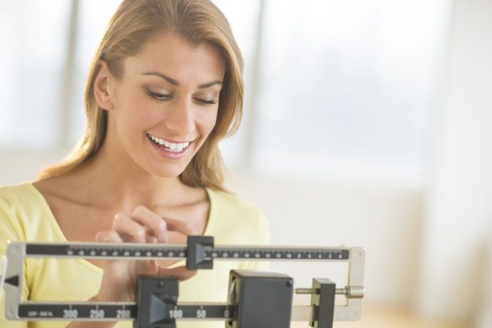 women-on-scale-weight-loss